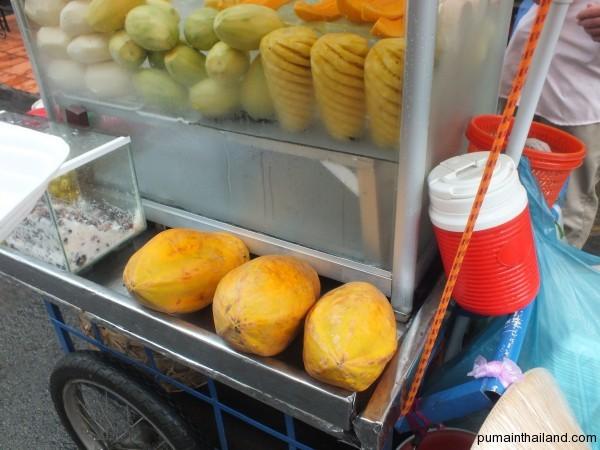 Плоды Паппайи во Вьетнаме более угловатые