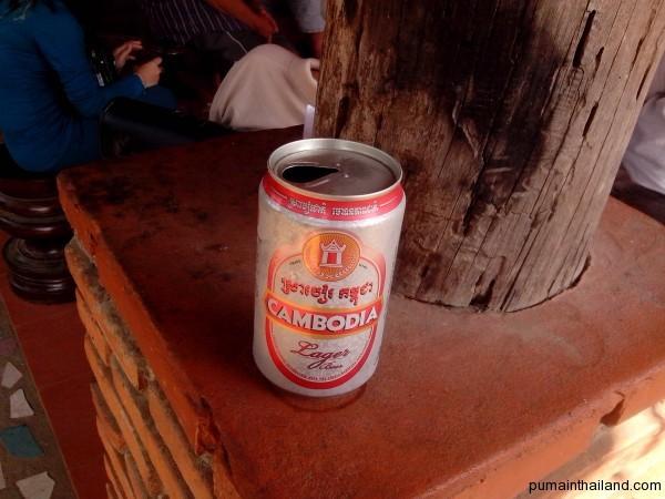 Как всегда можно угоститься пивом Камбоджа и Ангкор