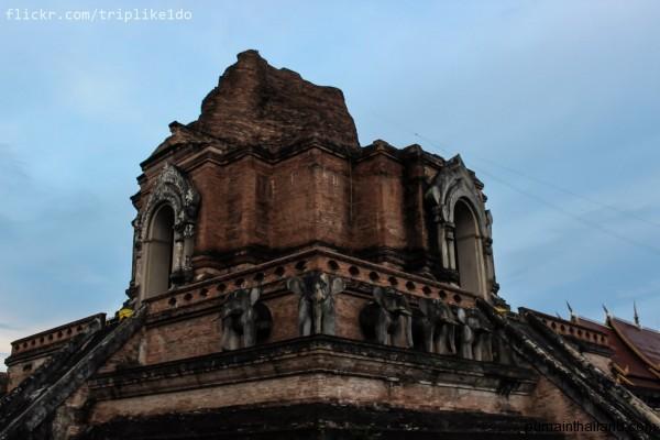 Вообще храмов в городе очень много