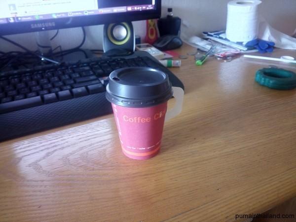 Утренний стаканчик кофе из моей любимой кофейни
